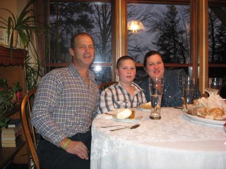 Jim, Stanley & Shannon Thanksgiving 2008